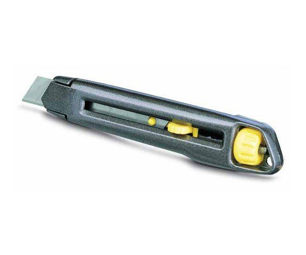 Stanley InterLock fémházas kés 18mm